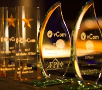 vCom Customers Receive Top Honors for their Valuable Contributions in 2017